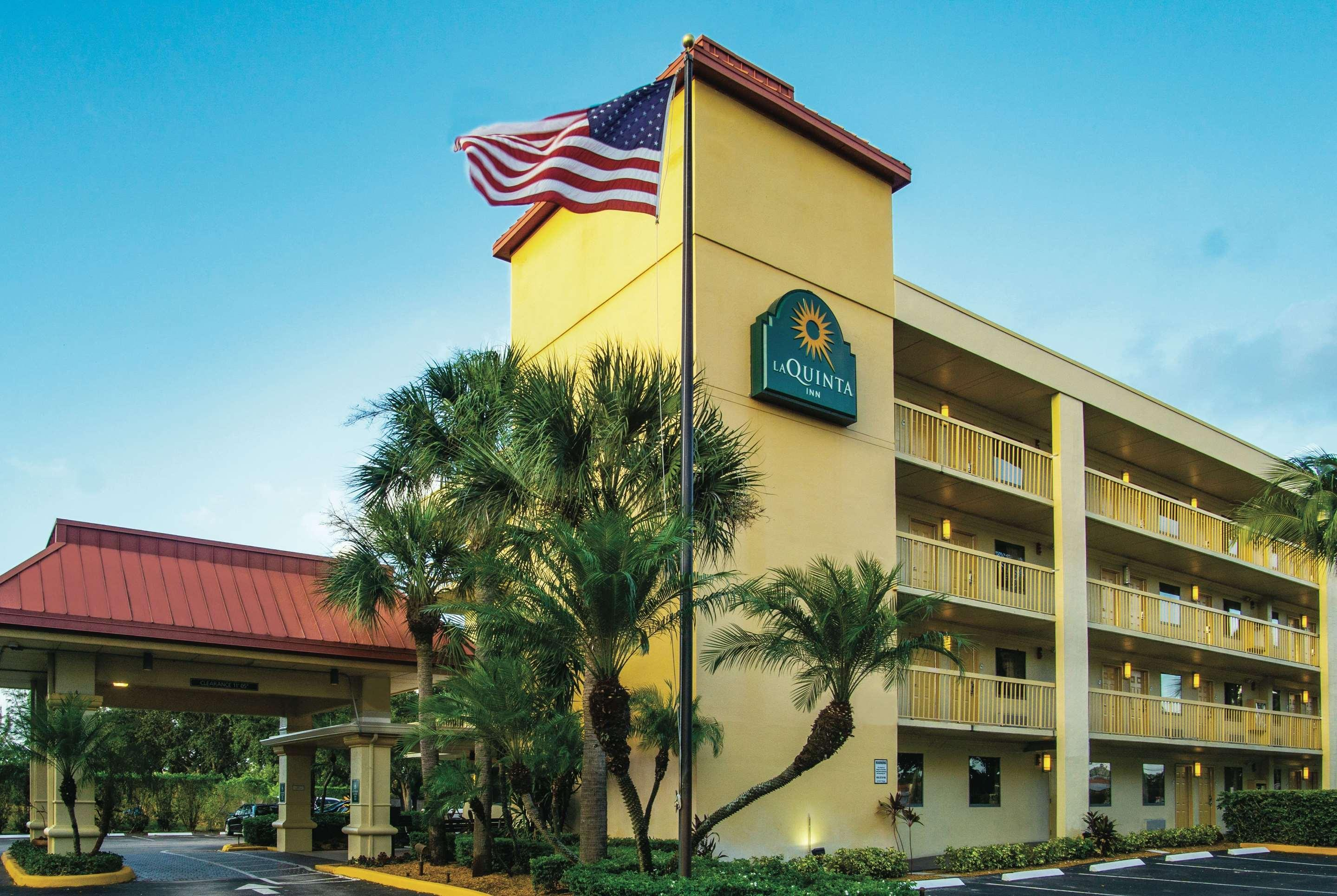 La Quinta Inn by Wyndham West Palm Beach - Florida Turnpike